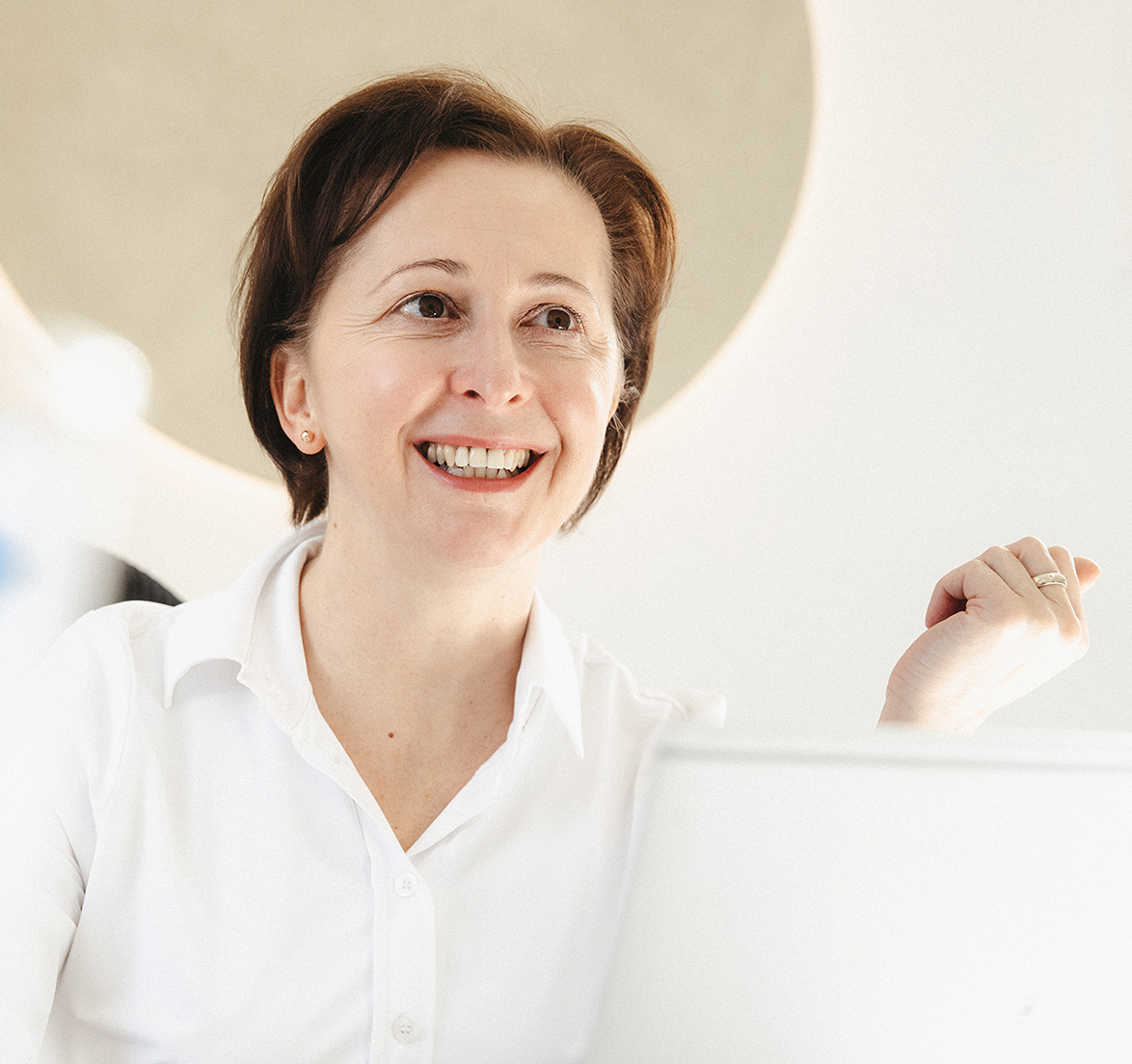 Dr. Karin Ronijak